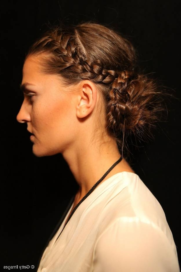 10 Best Updos To Protect Your Hair In Winter With Intricate And Messy Ponytail Hairstyles (View 18 of 25)