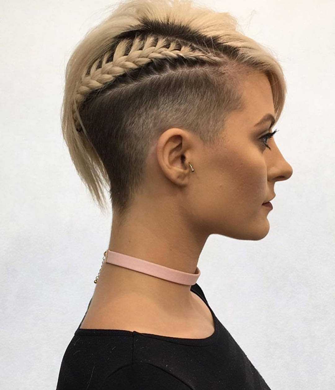 10 Chic Shaved Haircuts For Short Hair – Women Short Hairstyles 2018 Intended For Short Hairstyles With Both Sides Shaved (View 21 of 25)