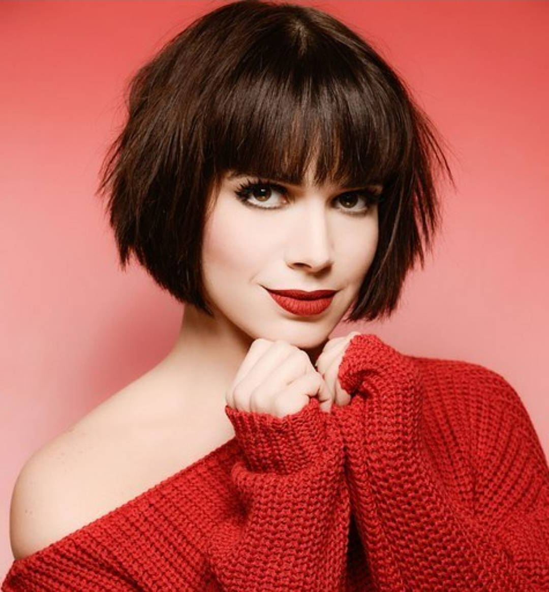 10 Chic Short Bob Haircuts That Balance Your Face Shape! – Short Intended For Short Haircuts With Long Fringe (View 11 of 25)