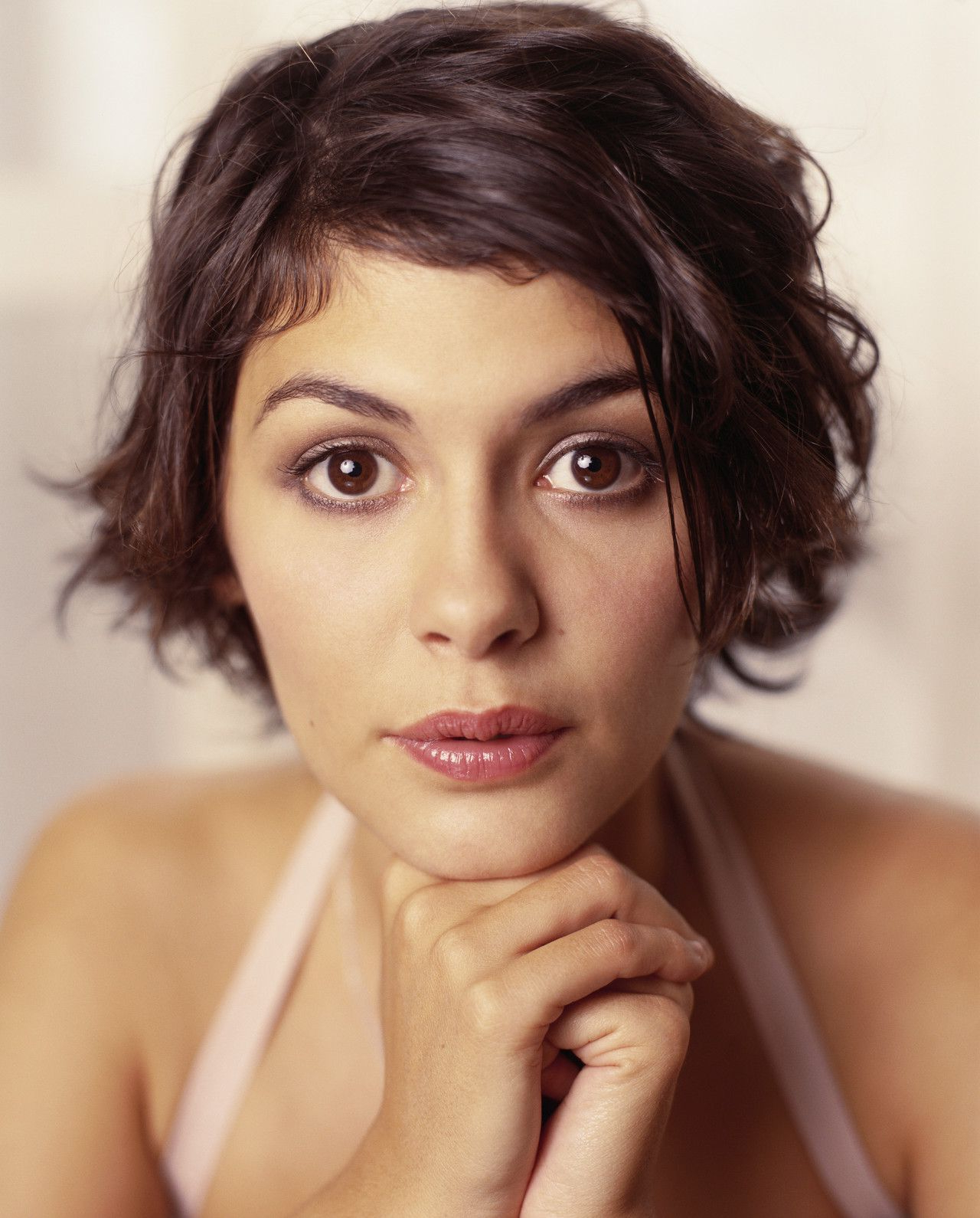 10 Classic Hairstyles Tutorials That Are Always In Style | Womens Pertaining To Audrey Tautou Short Haircuts (View 12 of 25)