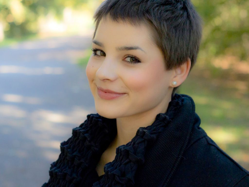10 Cute And Sassy Short Haircuts For Round Faces – Mashoid In Flattering Short Haircuts For Fat Faces (View 18 of 25)
