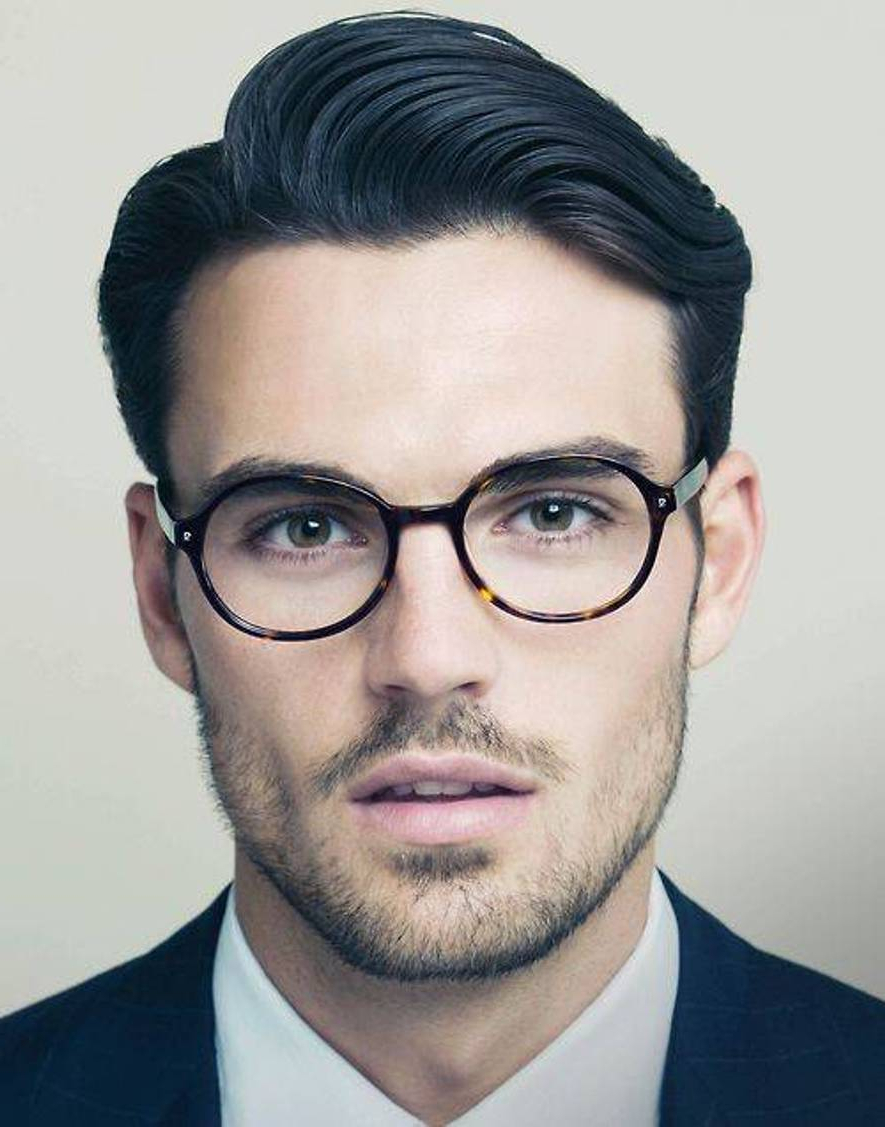10 Short Hairstyles For Men With A Big Forehead For Short Hairstyles For High Forehead (View 22 of 25)