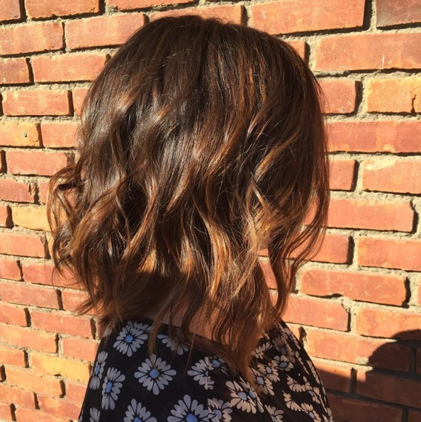 10 Super Fresh Hairstyles For Brown Hair With Caramel Highlights For Layered Caramel Brown Bob Hairstyles (View 10 of 25)