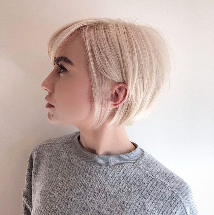 Featured Photo of Sleek Blonde Bob Haircuts With Backcombed Crown