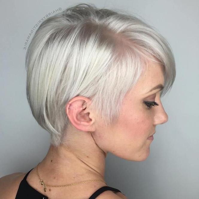 Featured Photo of Sleek Metallic White Pixie Bob Haircuts