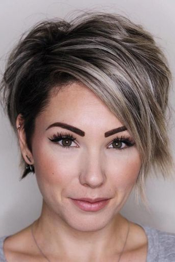 100 Mind Blowing Short Hairstyles For Fine Hair Intended For Icy Poker Straight Razored Pixie Haircuts (View 8 of 25)