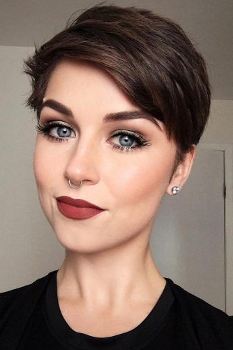 100 Mind Blowing Short Hairstyles For Fine Hair With Icy Poker Straight Razored Pixie Haircuts (View 23 of 25)