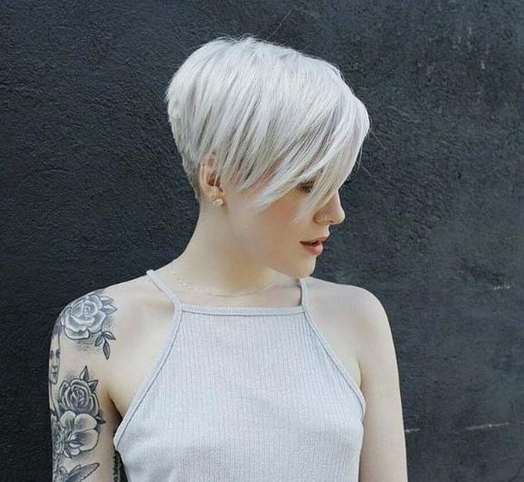 100 Top Pixie Haircuts Of All Time – Style Skinner Regarding Sleek Metallic White Pixie Bob Haircuts (View 10 of 25)