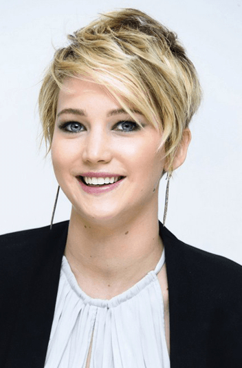101 Sexiest Short Haircuts For Women With Round Faces Within Disheveled Blonde Pixie Haircuts With Elongated Bangs (View 18 of 25)