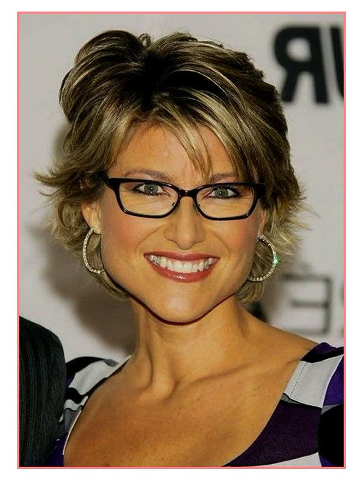 11 Super Short Hairstyles For Glasses Wearers ~ Louis Palace Within Short Haircuts For People With Glasses (View 22 of 25)