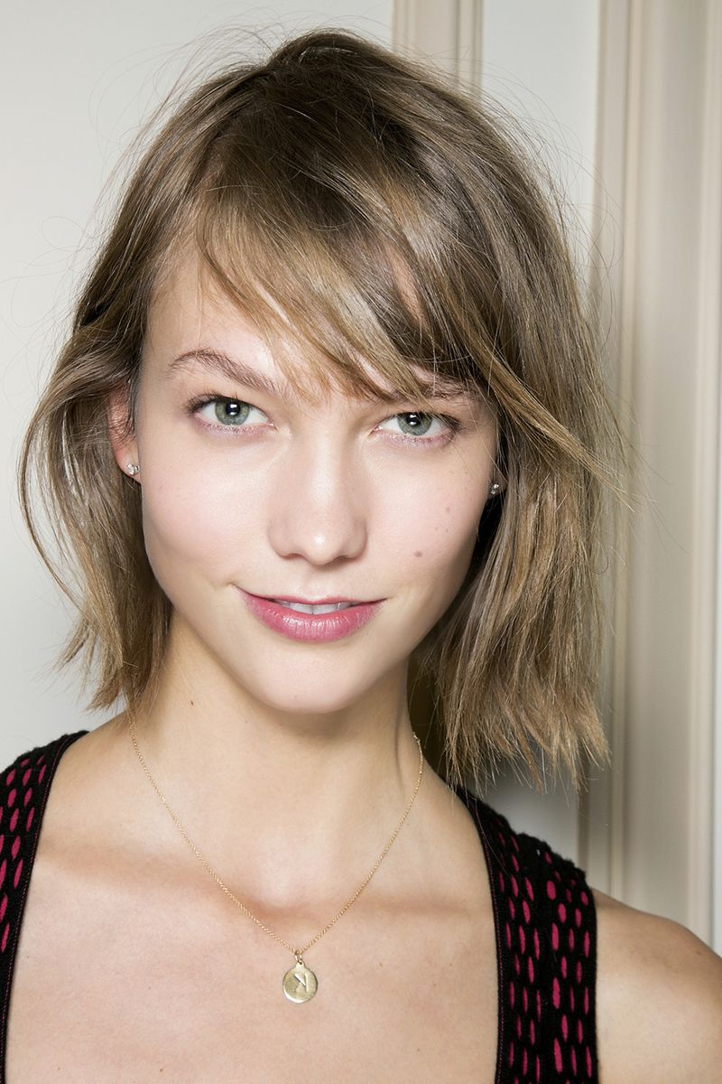 12 Medium Short Hairstyles That Are Low Maintenance, Yet Stylish Intended For Short Hairstyles With Feathered Sides (View 9 of 25)