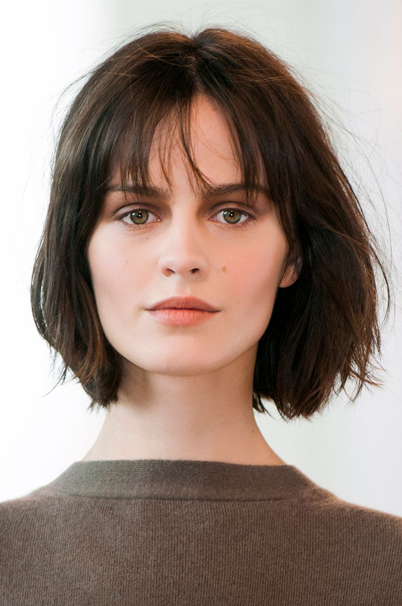 12 Medium Short Hairstyles That Are Low Maintenance, Yet Stylish Throughout Easy Maintenance Short Hairstyles (View 3 of 25)