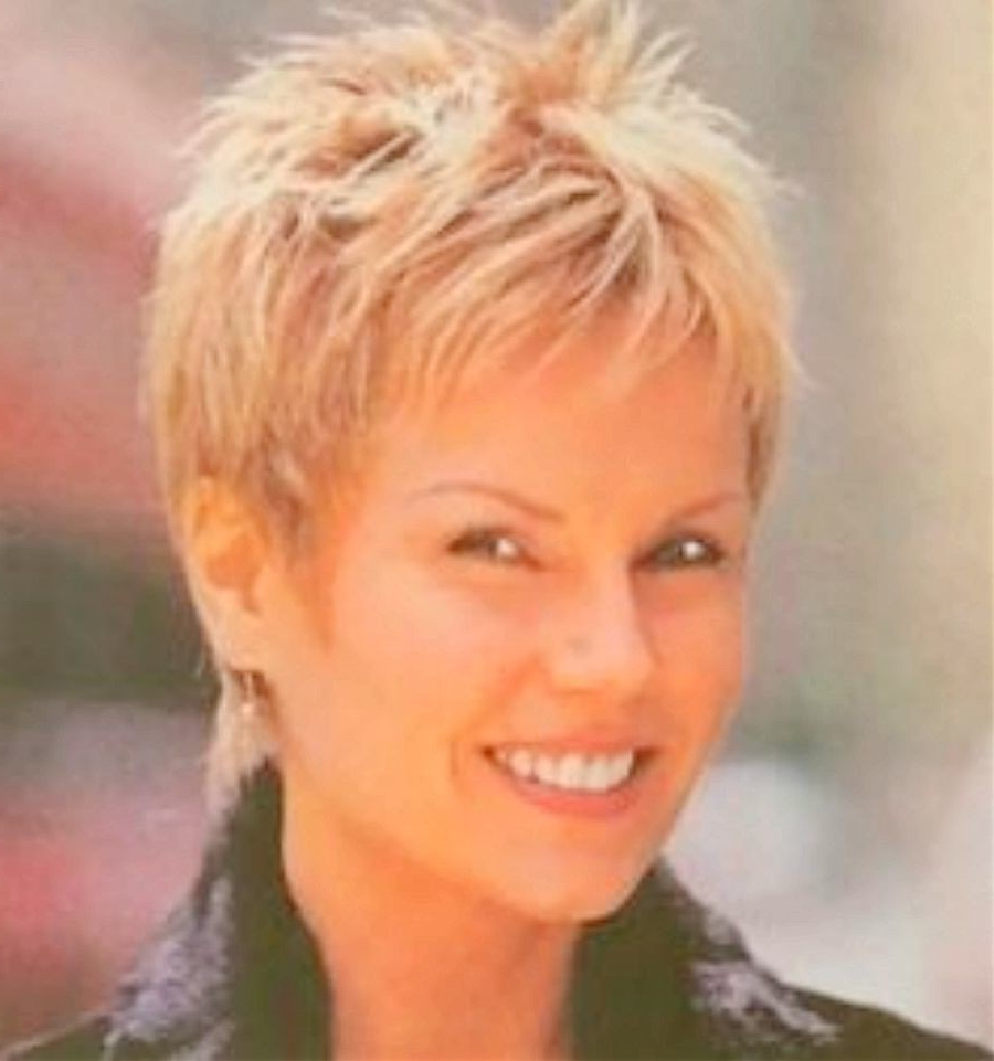 15 Awesome Short Hairstyles For Square Faces Over 50 Images Regarding Short Haircuts For Square Jaws (View 25 of 25)