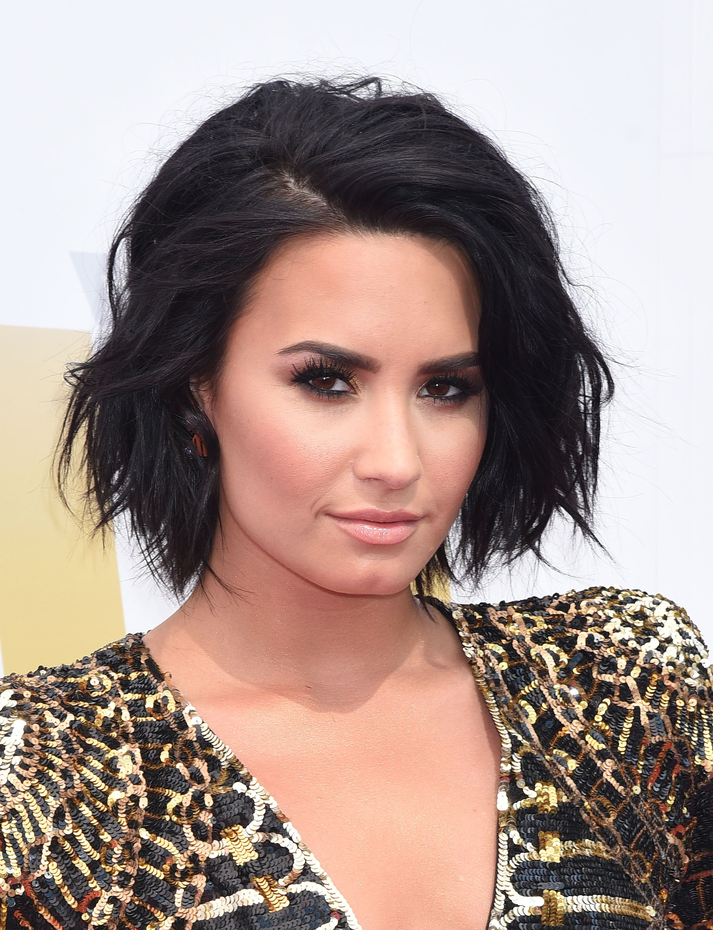 15 Celebs Who Rocked Short Haircuts | Lobs And Bobs | Pinterest Regarding Demi Lovato Short Hairstyles (View 12 of 25)