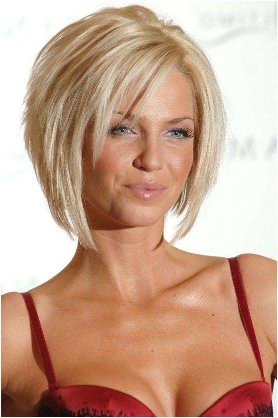 15 Fantastic Short Layered Haircuts – Pretty Designs Regarding Short To Medium Feminine Layered Haircuts (View 11 of 25)