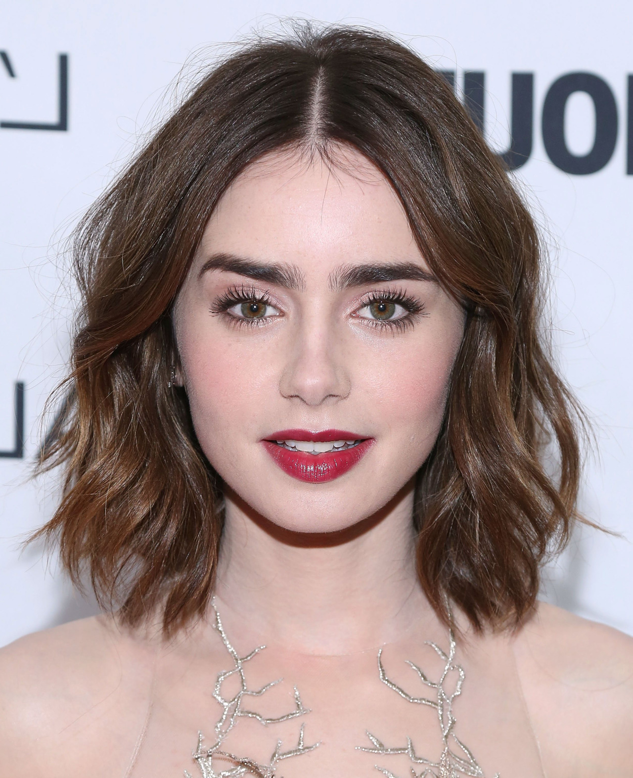 15 Of The Best Hairstyles For Medium Length Wavy Hair – The Skincare For Side Parted Messy Bob Hairstyles For Wavy Hair (View 17 of 25)