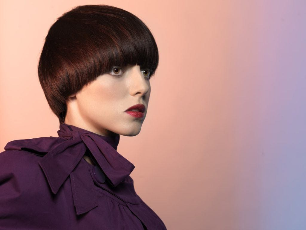 15 Short Haircuts For Oval Faces To Try Any Season Regarding Short Hairstyles Oval Face (View 3 of 25)