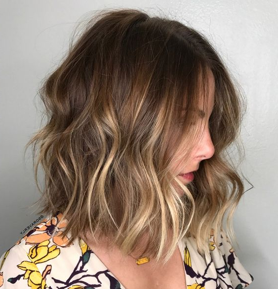 15 Subtle Balayage Hair Ideas To Add Dimension – Styleoholic Inside Wavy Bronde Bob Shag Haircuts (View 13 of 25)