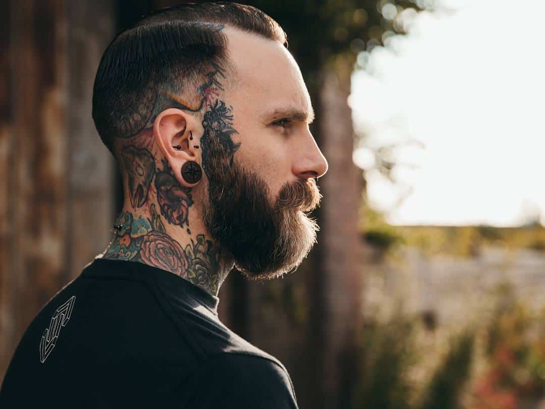 15 Unbeatable Hairstyles For Men With Big Ears [2018] Regarding Short Hairstyles Covering Ears (View 19 of 25)