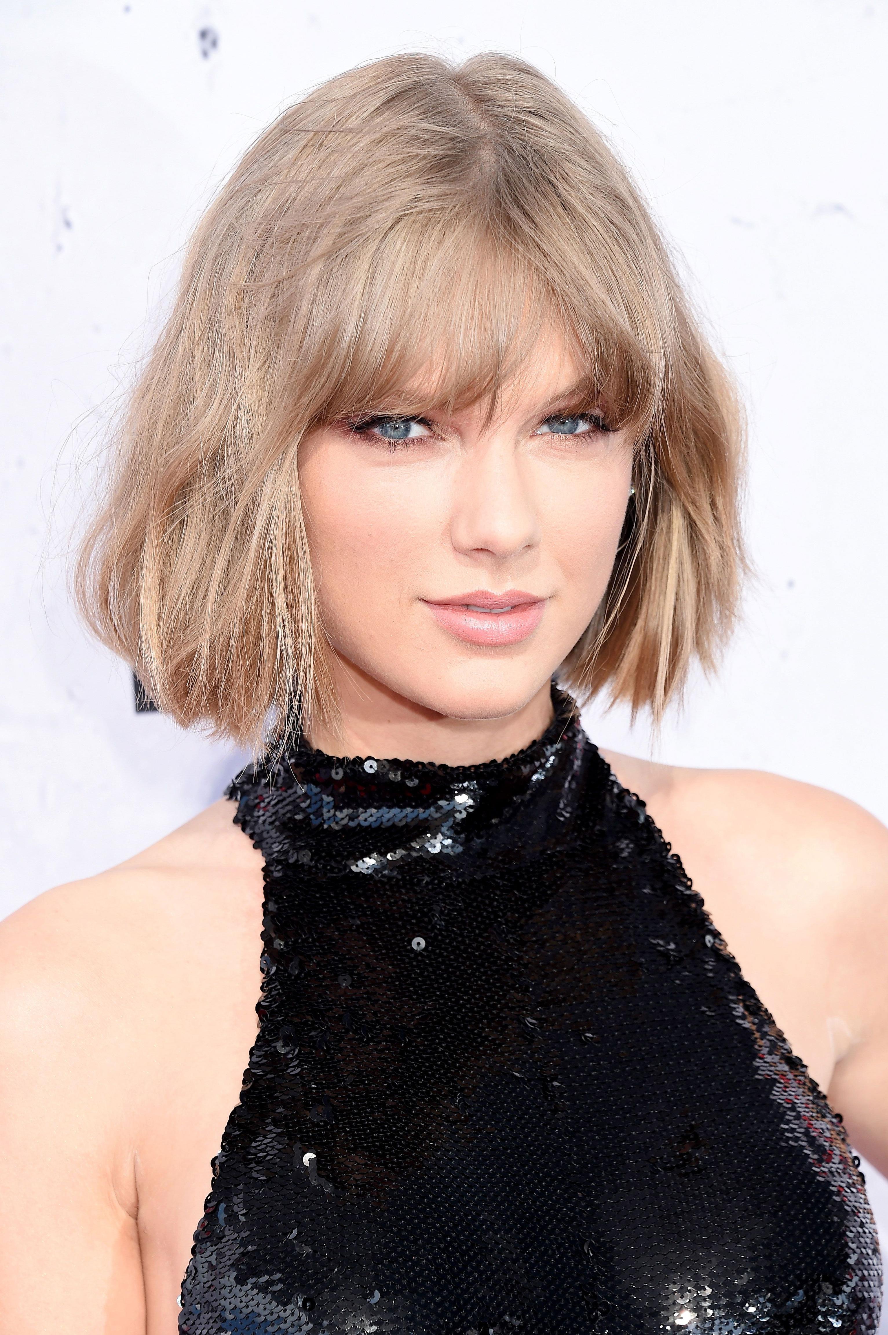 16 Ash Blonde Hair Color Ideas – Ash Blonde Celebrity Hairstyles For Ash Blonde Short Hairstyles (View 18 of 25)