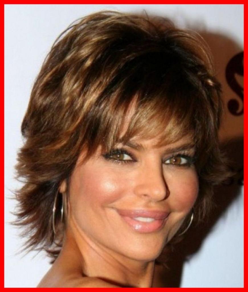 17 Feminine Short Haircuts For Wavy Hair: Easy Everyday Hairstyles Within Feminine Short Haircuts (View 24 of 25)