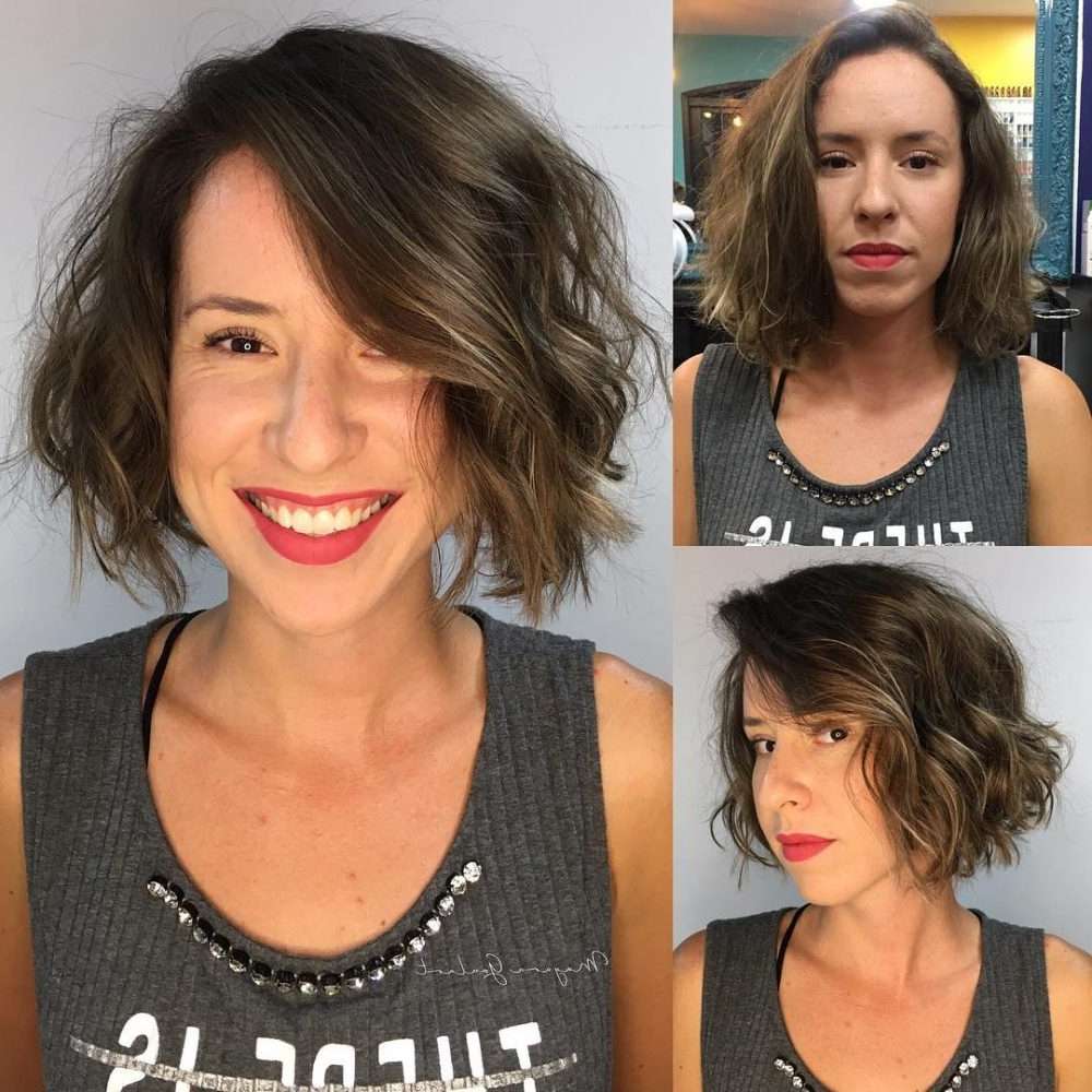 17 Most Flattering Hairstyles For Long Faces In 2018 Inside Short Hairstyles For Pointy Chins (View 8 of 25)