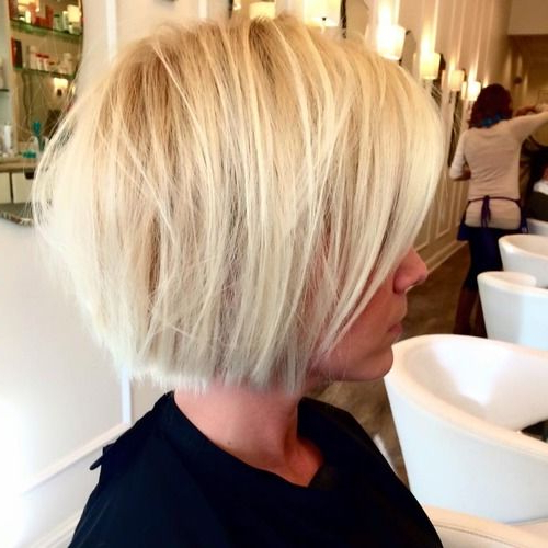 18 Popular Blunt Bob Hairstyles For Short Hair – Short Bob Haircuts 2017 With Blunt Bob Haircuts With Layers (View 2 of 25)