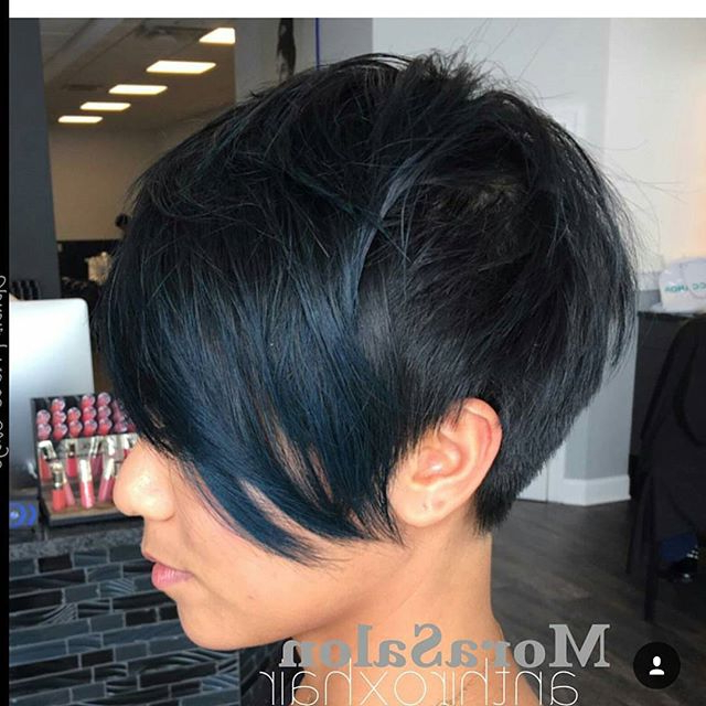 19 Incredibly Stylish Pixie Haircut Ideas – Short Hairstyles For 2018 In Lavender Haircuts With Side Part (View 12 of 25)