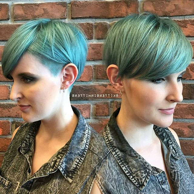 19 Incredibly Stylish Pixie Haircut Ideas – Short Hairstyles For 2018 Throughout Long Blonde Pixie Haircuts With Root Fade (View 17 of 25)
