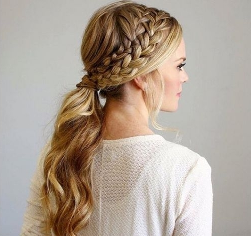19 Pretty Ways To Try French Braid Ponytails – Pretty Designs Regarding Wavy Side Ponytails With A Crown Braid (View 6 of 25)