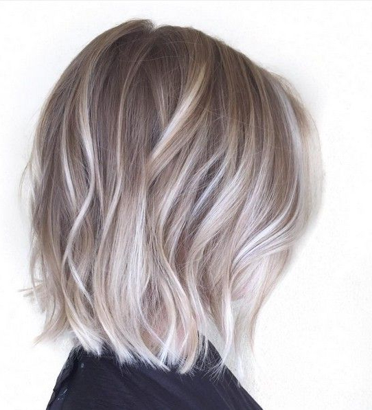 20 Adorable Ash Blonde Hairstyles To Try: Hair Color Ideas 2019 Regarding Silver Balayage Bob Haircuts With Swoopy Layers (View 15 of 25)