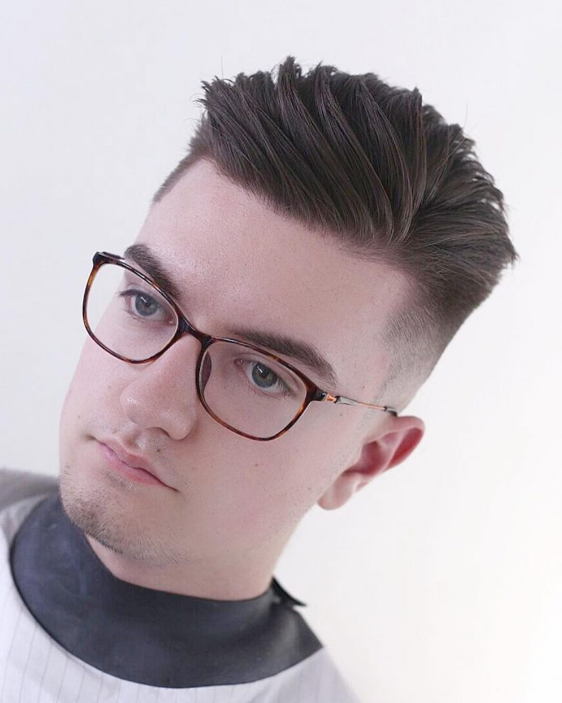 20 Best Men's Hairstyles For Round Face Shape Intended For Short Hairstyles For Round Faces And Glasses (View 18 of 25)