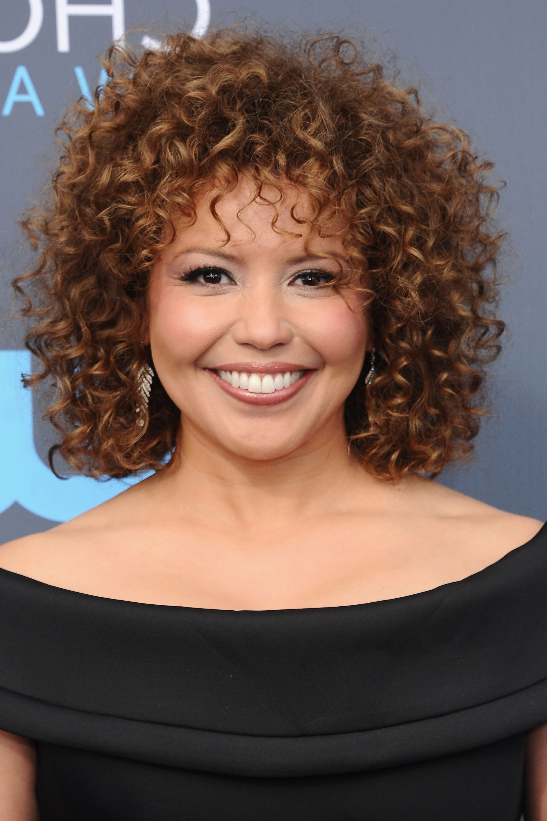 20 Celebrity Short Curly Hair Ideas – Short Haircuts And Hairstyles Within Natural Textured Curly Hairstyles (View 21 of 25)