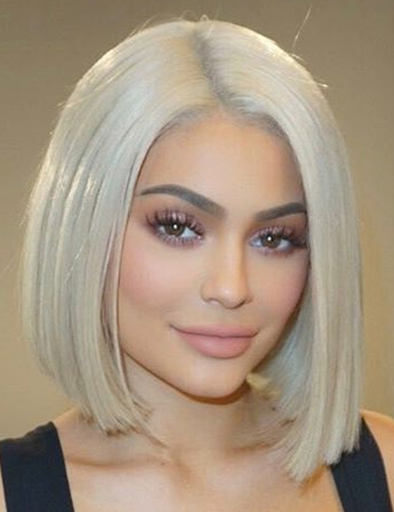 20 Kylie Jenner Hairstyles To Die For Within Stunning Poker Straight Bob Hairstyles (View 23 of 25)