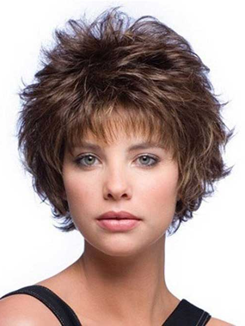 20 No Hassle Short Layered Hairstyles For Glamorous Girls For Short Layered Hairstyles (View 4 of 25)