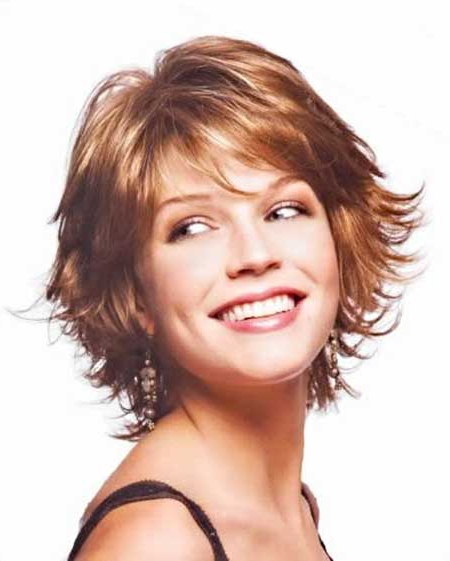 20 No Hassle Short Layered Hairstyles For Glamorous Girls Throughout Short Layered Hairstyles (View 6 of 25)