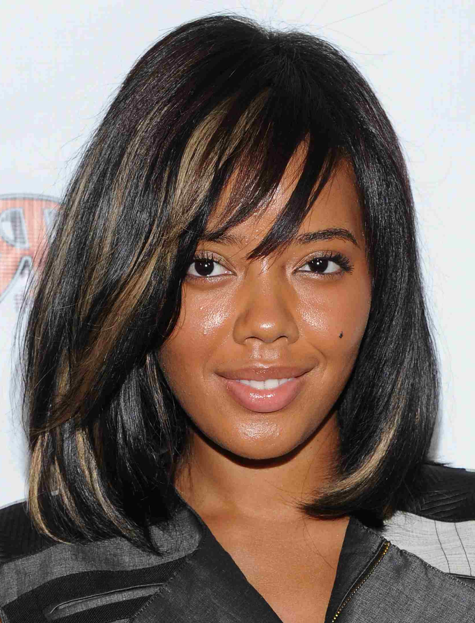 20 Photos Of Hairstyles With Gorgeous Side Swept Bangs For Side Swept Short Hairstyles (View 8 of 25)
