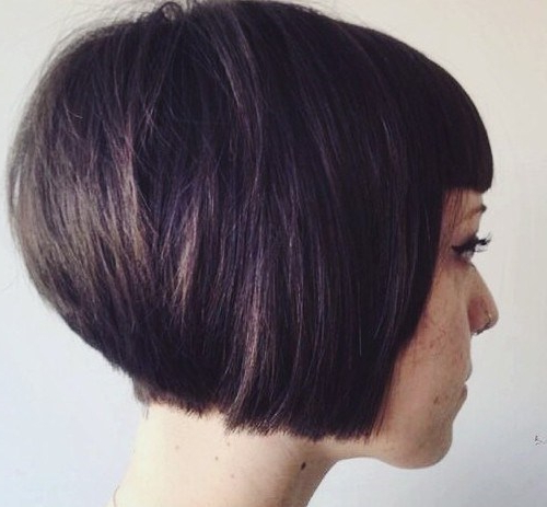 20 Short Stacked Bob Hairstyles That Look Great On Everyone – Pretty With Regard To Stacked Black Bobhairstyles  With Cherry Balayage (View 5 of 25)
