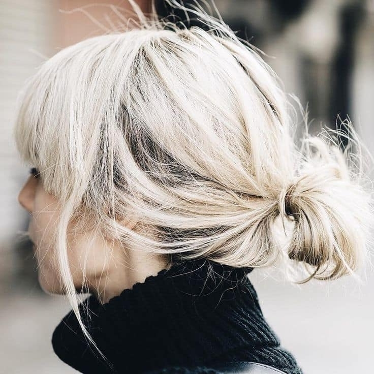 20 Stunning Messy Buns For Short Hair In Messy Blonde Ponytails With Faux Pompadour (View 10 of 25)
