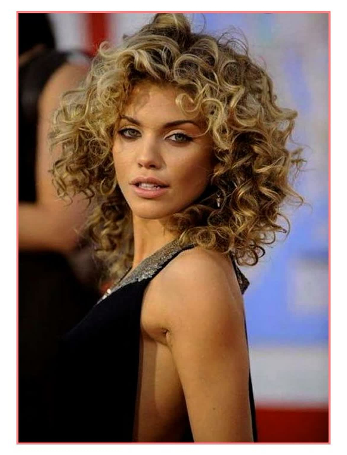 2018 Curly Short Haircuts – Short And Cuts Hairstyles In Trendy Short Curly Hairstyles (View 13 of 25)