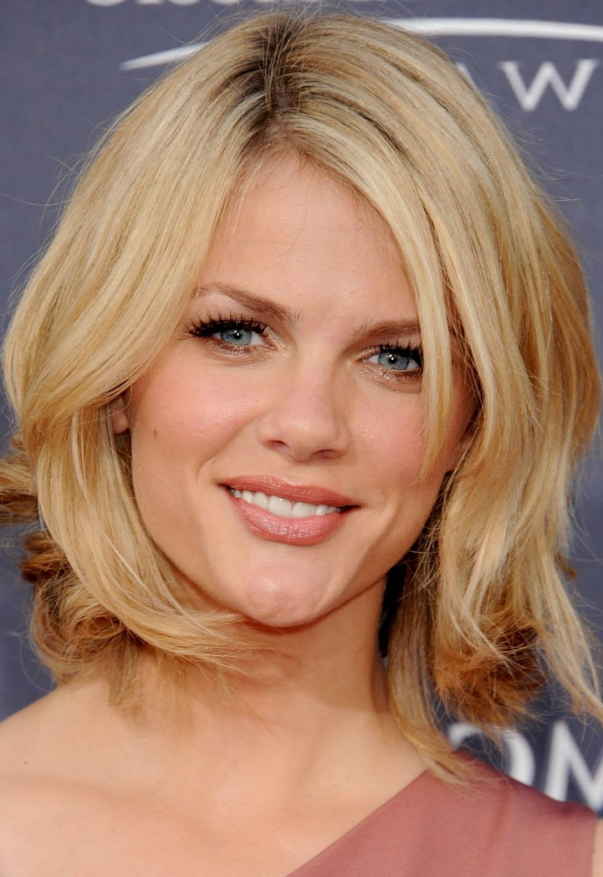2018 Medium Short Layered Hair Short Hairstyles With Long Layers For Long And Short Layers (View 10 of 25)
