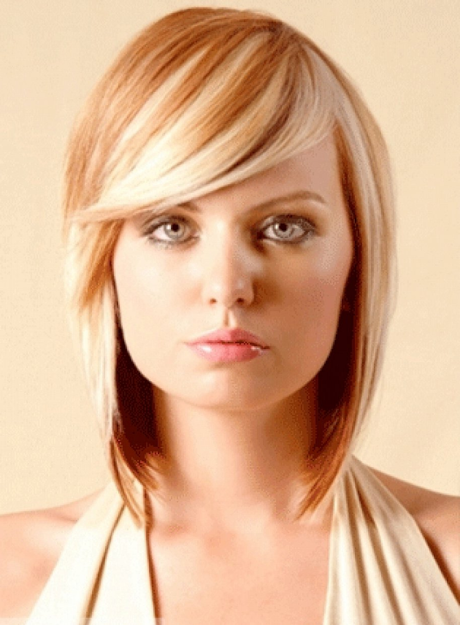 2019 Bang Hairstyles For Medium Hair   Hairstyles For Women 2019 Within Short Haircuts With Long Side Bangs (View 11 of 25)