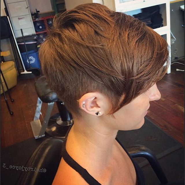 21 Gorgeous Short Pixie Cuts With Bangs In 2018   Pixies   Pinterest Regarding Disheveled Blonde Pixie Haircuts With Elongated Bangs (View 9 of 25)