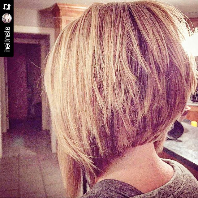 21 Stacked Bob Hairstyles You'll Want To Copy Now | Styles Weekly With Regard To Stacked Choppy Blonde Bob Haircuts (View 6 of 25)