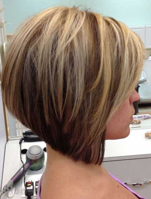 22 Amazing Layered Bob Hairstyles For 2018 You Should Not Miss With Regard To Straight Cut Bob Hairstyles With Layers And Subtle Highlights (View 8 of 25)