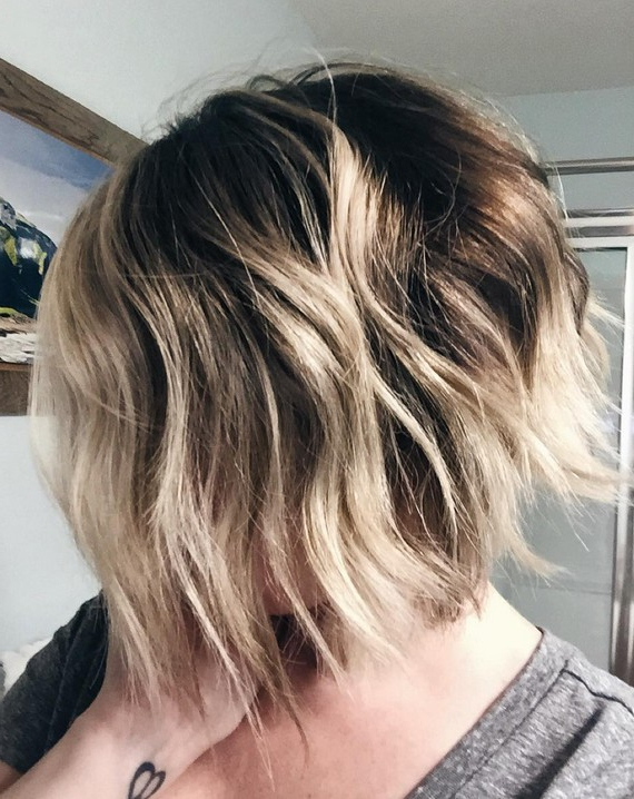22 Amazing Layered Bob Hairstyles For 2018 You Should Not Miss Within Messy Jaw Length Blonde Balayage Bob Haircuts (View 6 of 25)