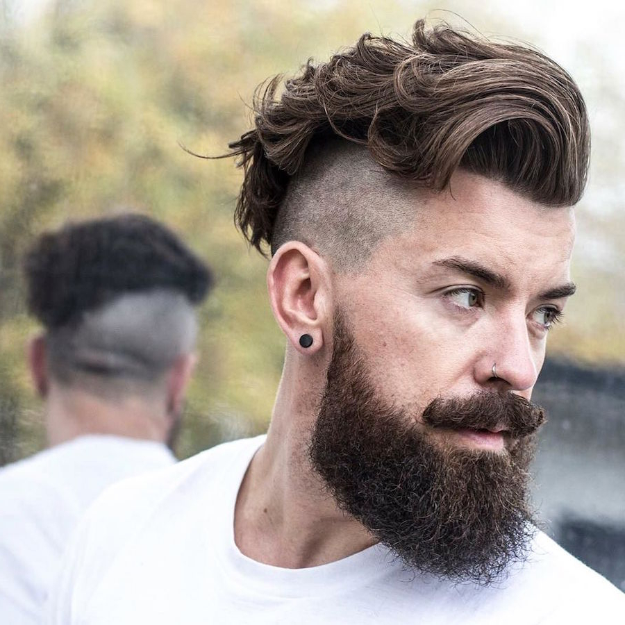 22 Disconnected Undercut Hairstyles + Haircuts Pertaining To Undercut Hairstyles For Curly Hair (View 13 of 25)