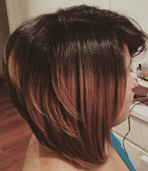 22 Hottest Inverted Bobs To Get You Inspired – Trendy Inverted Bob Inside Black Inverted Bob Hairstyles With Choppy Layers (View 12 of 25)