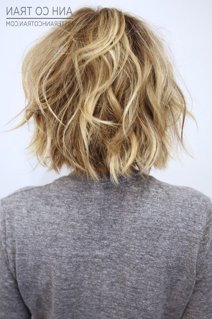 22 Hottest Short Hairstyles For Women 2018 – Trendy Short Haircuts Within Nape Length Wavy Ash Brown Bob Hairstyles (View 12 of 25)