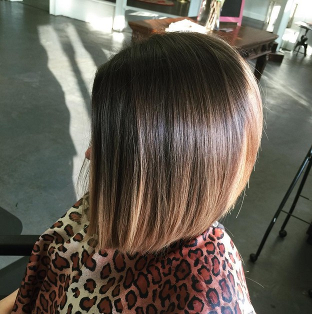 22 Popular Angled Bob Haircuts You'll Want To Copy – Hairstyles Weekly With Regard To Extreme Angled Bob Haircuts With Pink Peek A Boos (View 15 of 25)